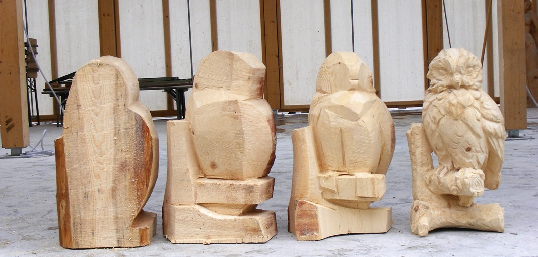 Schnitzen Mit Der Motorsage Woodcarving I Sweden Youtube